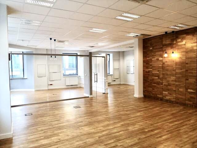 Piękne, wolne od zaraz biuro na 3 piętrze (136,98 m2)
